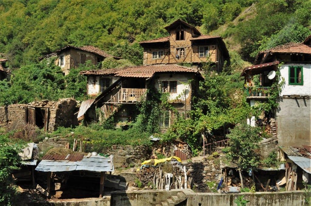 Омагьосаното село Пирин