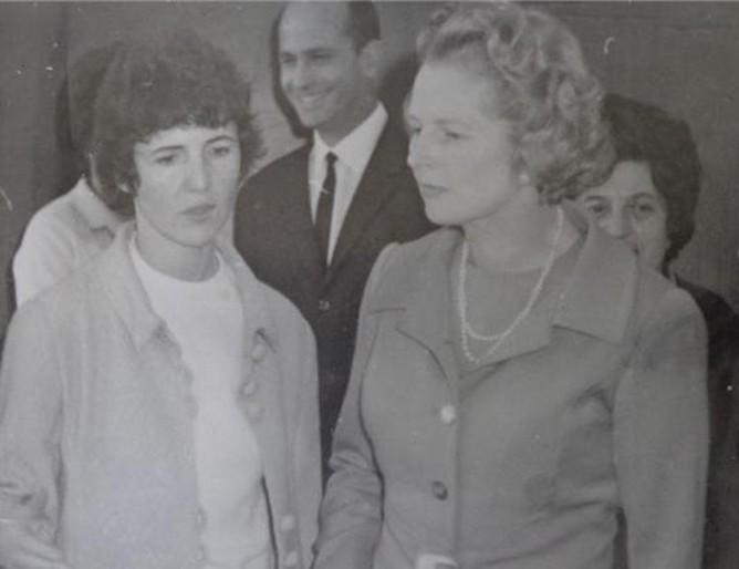 Маргарет Тачър удивена от българското образование преди 45 години