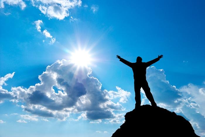 Помни, че големите успехи в живота са резултат от постоянство и вяра в себе си!