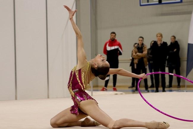 Българските гимнастички спечелиха 14 медала от международния турнир в Лисабон
