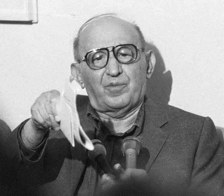 Респект към Тодор Живков! Той превърна българите от селяни в граждани