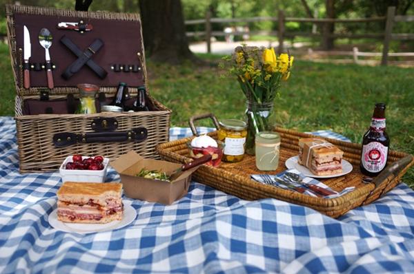 Швеция призова гражданите си: Излизайте навън, ходете на пикник!